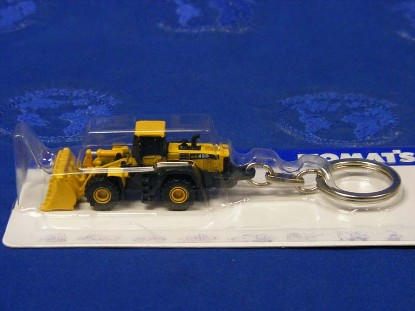 komatsu-wa-450-wheel-loader-keyring-universal-hobbies-limited-UHL5544