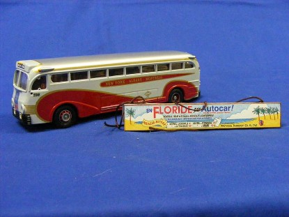 yellow-coach-743-champlain-coach-lines-corgi-COR98468