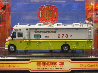 fire-command-vehicle-chicago-code-3-collectibles-COD12532