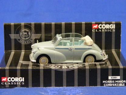 morris-minor-convertible-corgi-COR02001