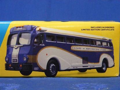yellow-coach-743-union-pacific-corgi-COR53901