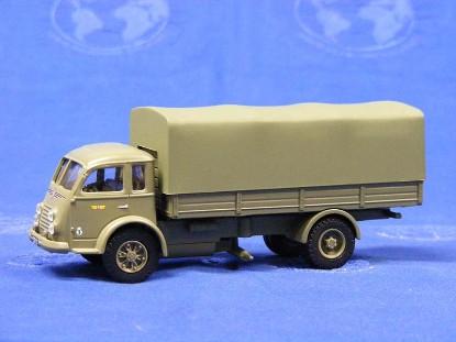renault-military-transport-corgi-COR71003