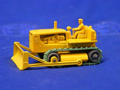 caterpillar-d8-dozer-matchbox-1-75-MAT18C1