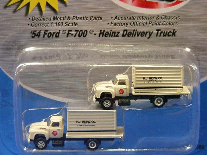 1954-ford-f-700-heinz-delivery-truck-2--classic-metal-works-MWI50309