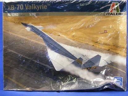 valkyrie-xb-70-bomber-italieri-ITA1282