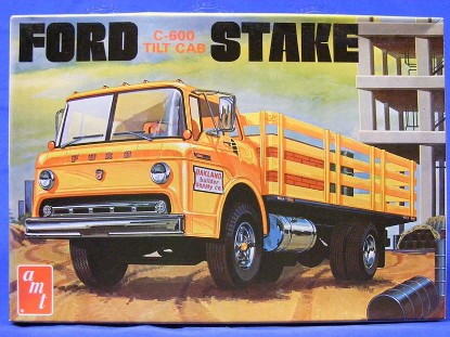 ford-c-600-tilt-cab-stake-truck-amt-ertl-AMT650