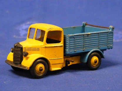 bedford-tipper-truck-yellow-blue-dinky-DIN25M