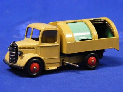 bedford-refuse-truck-dinky-DIN25V