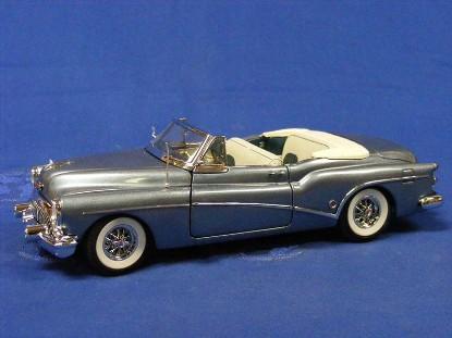 1953-buick-skylark-convertible--blue-danbury-mint-DAN1953B