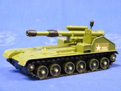 mobile-gun-155mm-dinky-DIN654