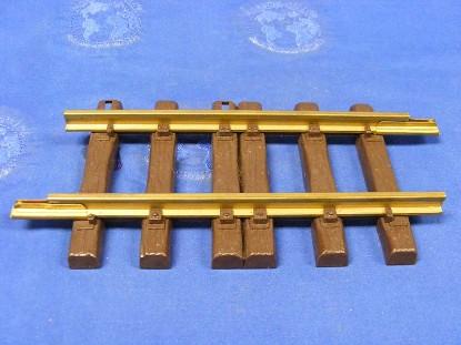 straight-track-6--lgb-LGB01