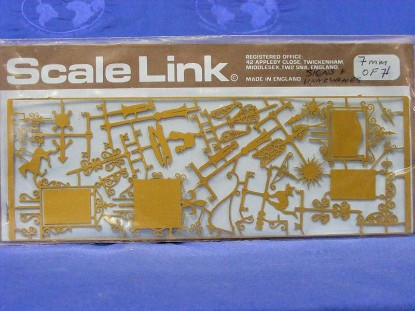 signs-windvanes-of-etched-brass-scale-link-SLCF71