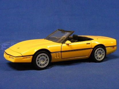 1986-corvette-convertible--yellow-franklin-mint-TFMB11RD27