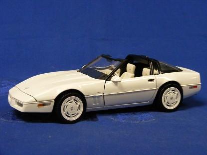 1988-corvette-convertible--white-35th-anniversary-franklin-mint-TFMB11TY53