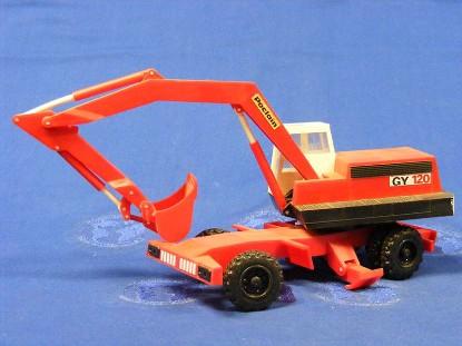 poclain-gy120-wheel-excavator-bourbon-BOU01