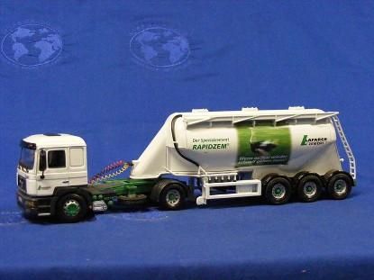 man-feldbinder-tanker-lafarge-zement-rapidzem-corgi-COR12010