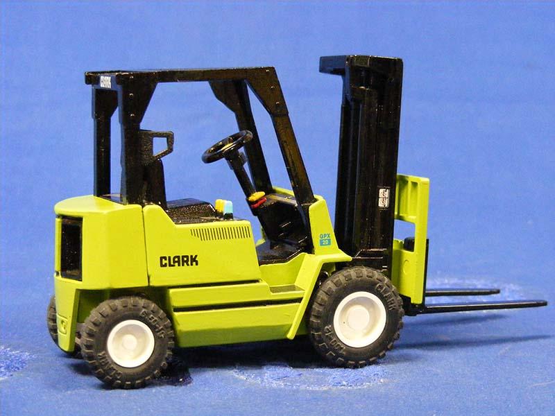 clark-gpx20-forklift-ertl-ERT9106UP