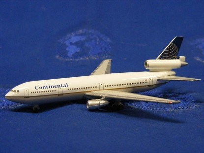 dc-10-continental-herpa-HER500111