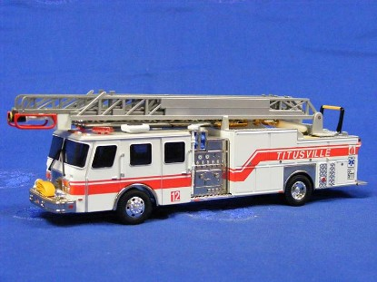 e-one-75-fire-ladder-titusville-fl-corgi-COR54904