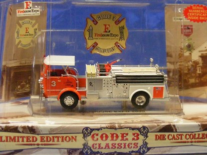 crown-firecoach-firehouse-expo-2000-code-3-collectibles-COD12228