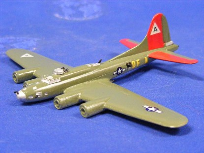 b--17f-flying-fortress--skytrex-airshow-miniatures-SKY580A