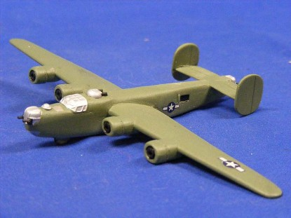 b-24-skytrex-airshow-miniatures-SKY581