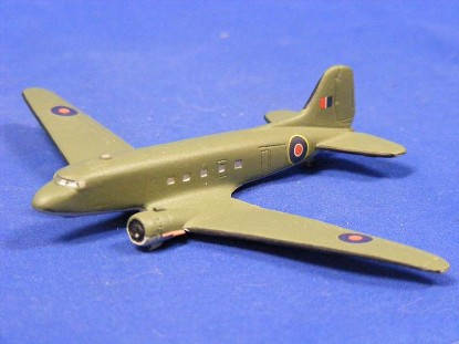 douglas-dc--3-dakota--skytrex-airshow-miniatures-SKY591