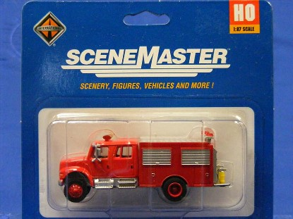 international-4900-first-response-fire-truck-walthers-WAL11893