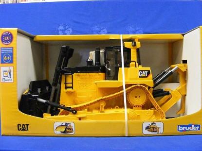 cat-tracked-bulldozer-bruder-BRU02453