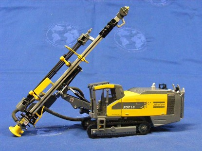 atlas-copco-roc-l8-track-drill-asia-models-AMP26