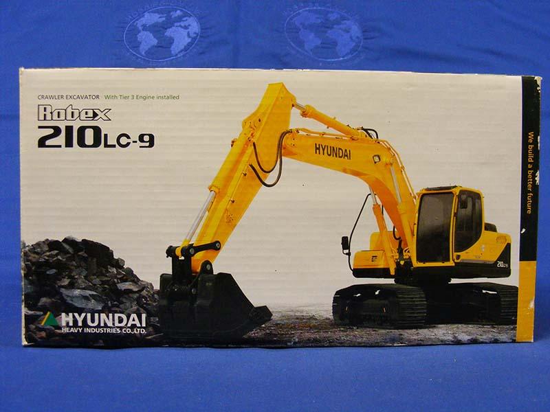 hyundai-robex-210lc-9-track-excavator--MSC275