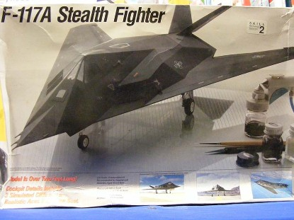 f-117a-stealth-fighter-testors-TES570