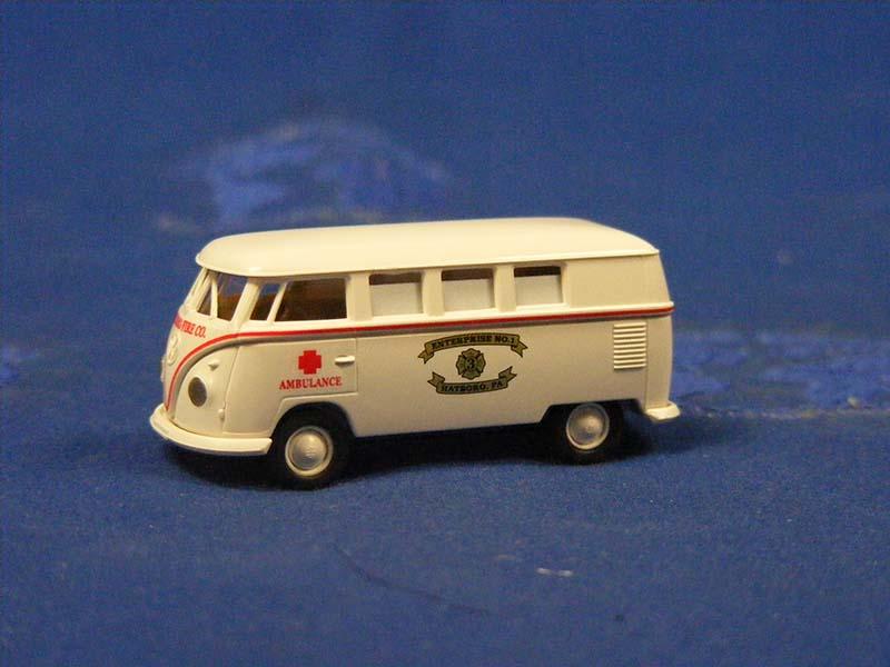 vw-t2-ambulance--hartboro-brekina-BRE90799