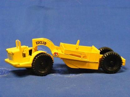 euclid-21-yard-scraper-yellow-budgie-BUD282