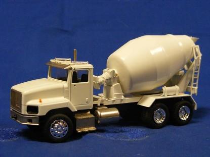 international-concrete-mixer-all-white-conrad-CON6444.1