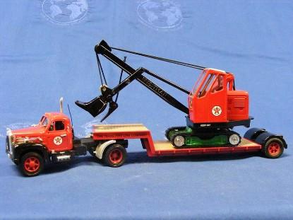 mack-b-lowboy-cable-shovel-texaco-corgi-COR53503