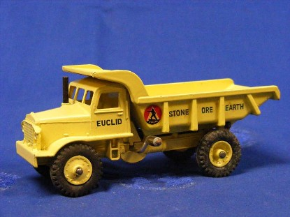 euclid-quarry-truck-dinky-DIN965