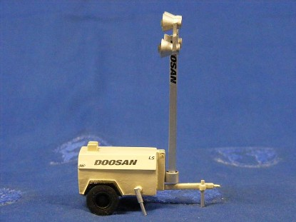 doosan-light-tower-gregs-custom-models-GCM009