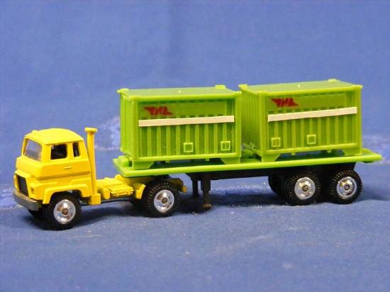 isuzu-semi-container-trailer-jnr-grip-zechin-GRI45