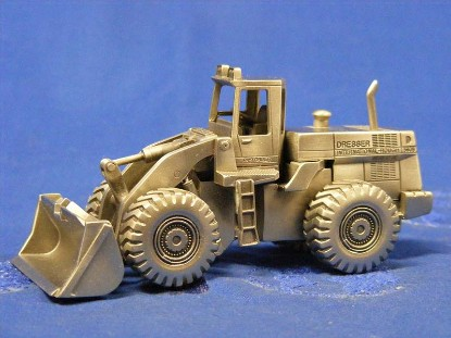 dresser-ih-560b-wheel-loader-precision-pewter-craft-PPCDRES