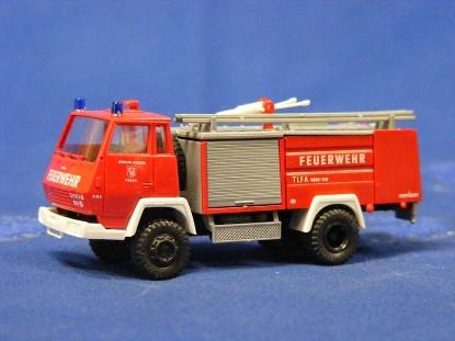 steyr-91-tlfa-4000-fire-truck-roco-ROC1311