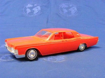 1968-lincoln-continental-4-door--red-johan-models-JOH1968