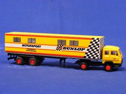mb-semi-truck-dunlop-praline-PRA3505
