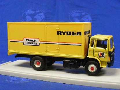 mack-box-truck-ryder-replex-REP212