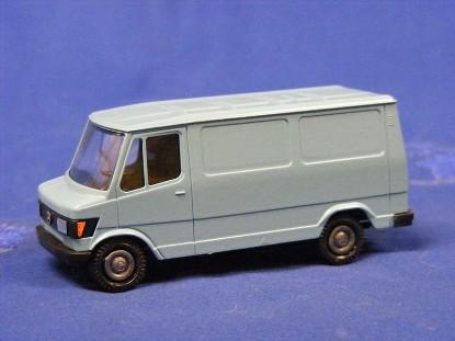 mb-207-307d-van-light-blue-con3064.4--conrad-CON1604.4