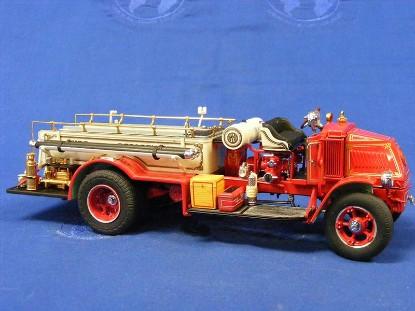 1926-mack-ac-rotary-pumper-fire-truck-danbury-mint-DAN1926