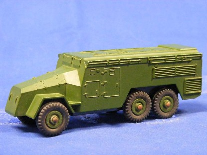 armoured-command-vehicle-dinky-DIN677