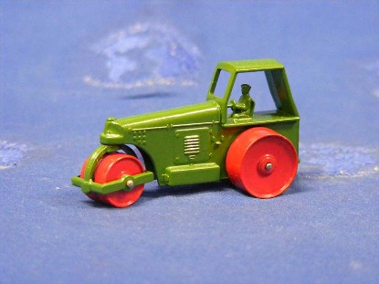aveling-barford-diesel-roller-dark-green-matchbox-1-75-MAT1C-2