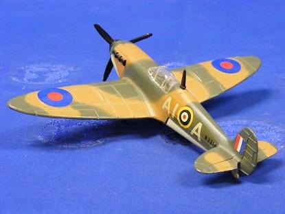 spitfire-mk11-fighter-dinky-DIN719
