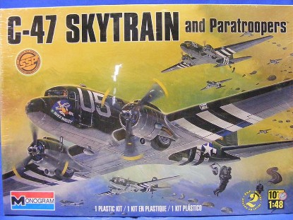 c-47-skytrain-and-paratroopers-monogram-MON85-5637